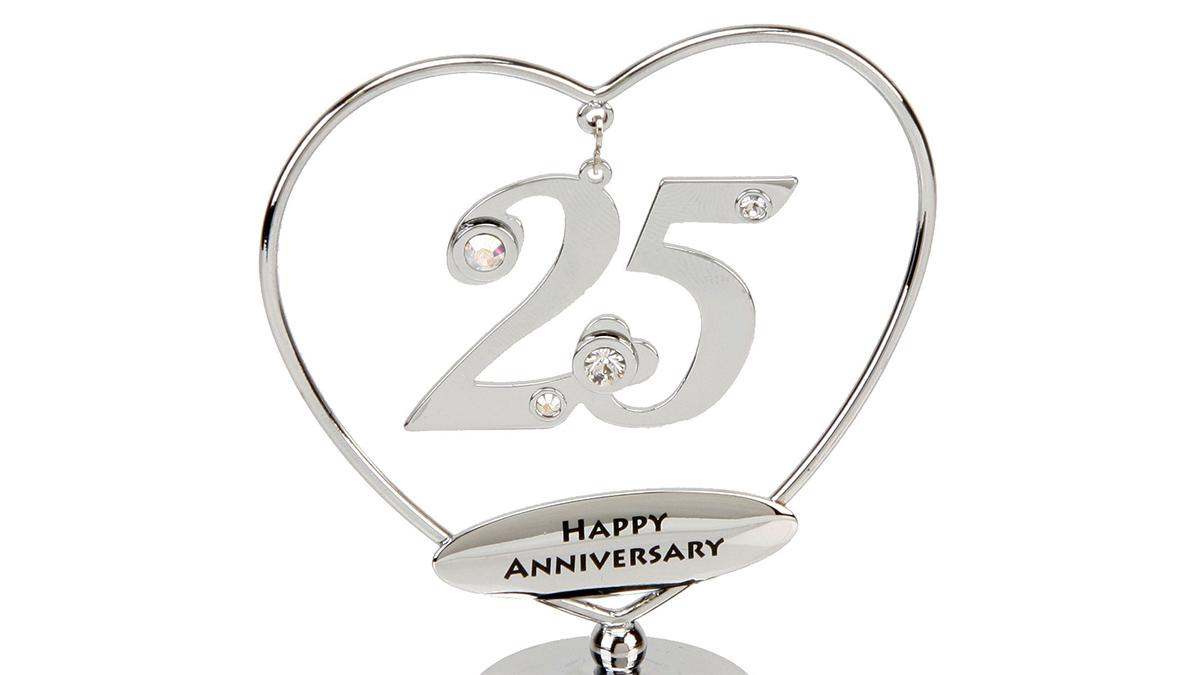 Что оригинального подарить на деревянную годовщину свадьбы друзьям, детям, жене: ТОП 20 идей подарков от гостей, родителей, мужа и жены друг другу